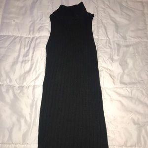Mockneck sleeveless sweater dress